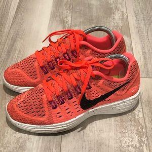 Nike Lunartemple hyper orange